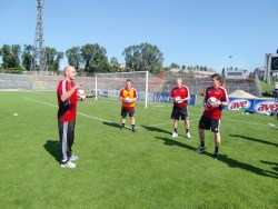 UEFA/FIFA. Fortbildung in Budapest.